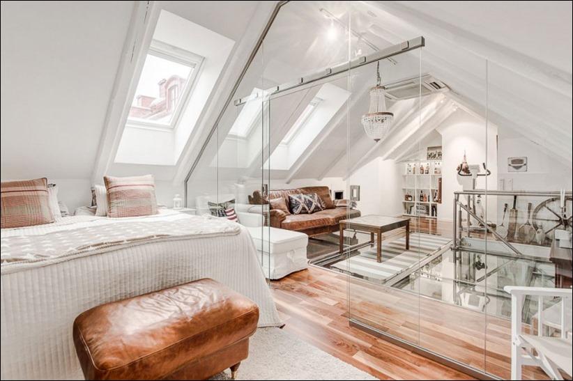 2793 dizayn interera 01 Эффектный Attic Duplex со стеклянным полом в Стокгольме