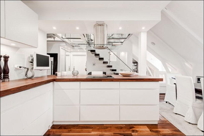 2793 dizayn interera 10 Эффектный Attic Duplex со стеклянным полом в Стокгольме